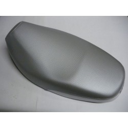 SELLE GRISE BOOSTER NAKED